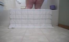BBW housewife shits on bathroom floor